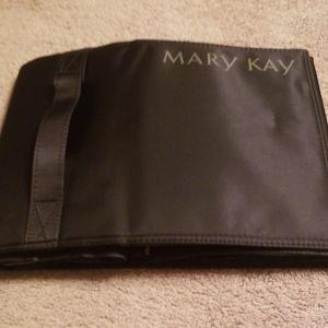 Mary Kay Mackup roll bag